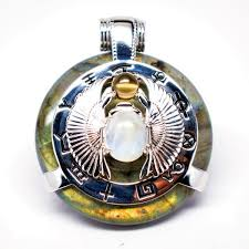 4 tips for maximum benefits with your quantum science pendant