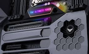 as the highpoint in the tuf line the mark 1 also wears more upgrades the glowing logo at the center of the board changes based on the load to show how