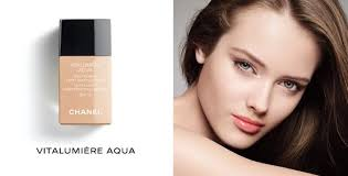 chanel vitalumière aqua ultra light skin perfecting makeup