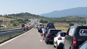Cozi kilometrice la vama Promachonas-Kulata de la frontiera dintre Bulgaria și Grecia - FOTO - NewMoney