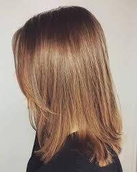 Ini olahraga pola runcing seperti gaya rambut sebelumnya dan dapat dengan mudah mengesankan orang dengan daya pikatnya. 35 Model Rambut Untuk Wajah Bulat Badan Gemuk Pipi Tembem