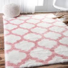 pink and white trellis rug