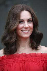 Halle Berry Bella Hadid Kate Middleton Les Coupes De