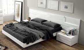 ESF Sara Modern White Lacquer Finish Platform King Bedroom Set 3 Pcs
