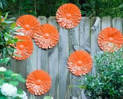 Recinzioni Da Giardino In Metallo : Idee per decorare le recinzioni giardino in legno
