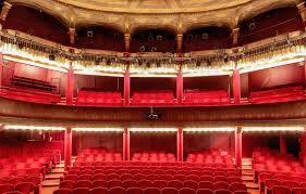 Theatres And Playhouses In Paris Theatre In Paris French