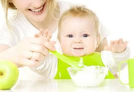 Imagini pentru alimentatia bebelusului