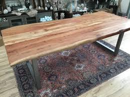 Esstisch Mit Baumkante