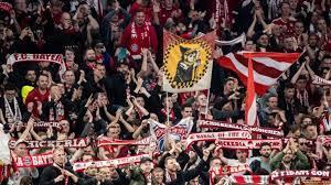 V., commonly known as fc bayern münchen, fcb, bayern munich, or fc bayern, is a german professional sports cl. Fc Bayern Vs Hertha Verpasst Wow Fc Bayern Munchen Halt Hertha Bsc Auf Distanz News De