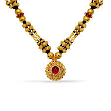refined gold mangalsutra