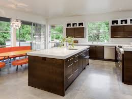 Marble Tile Kitchen Floor How To Use Marble Tile Flooring In Your Home Theflooringlady