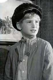 oliver s ron moody dies aged daily mail online mark lester 56 pictured as oliver in oliver twist aged eight