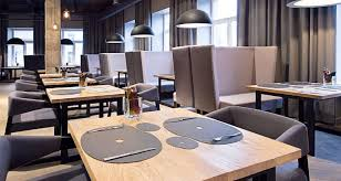 round table furniturewe manufacture trade and supply a broad assortment of restaurant round table furniture that is perfect to be used as dining table