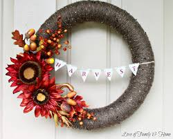 initial wreaths for front doorDecorating Autumn Wreaths  Diy Fall Wreaths Front Door  Deco
