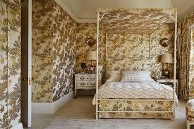 beautiful bedroom decorating