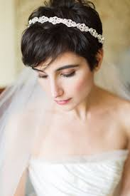結婚式ショートヘアの花嫁がめちゃくちゃオシャレ髪型 Naver まとめ