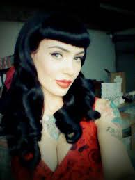 beautiful pinup hair and makeup