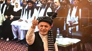 """أفغانستان: طالبان على أبواب كابول والرئيس غني يدعو للتعبئة ويبحث عن """"حل  سياسي"""""""