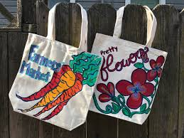local artist cara emilia will be guiding guests in painting canvas tote bags with acrylics paint your personalized harvest bag to bring to your local