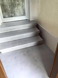 Ich habe die exakt gleiche treppe wie du. 30m Beton Cire Renovierung Fugenlos Fur Treppen Mikrozement Beton Cire Resina24