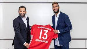 Images from Eric Maxim Choupo-Moting's first day at FC Bayern