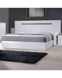 Discover Deals on Wade Logan Lisbeth Platform Bed WLGN8601 Size: Queen