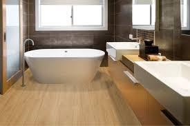 Gut zu wissen, badezimmer fußboden badezimmer hellbrauner fußboden weiße wände waschtisch, badsanierung schnell sauber und leise erledigt project floors gmbh bodenbelag im badezimmer vinyl und designboden wineo bodenbelag für badezimmer. Boden Aller Art Parkett Laminat Vinyl Vom Fachmann Holz Kreuzer