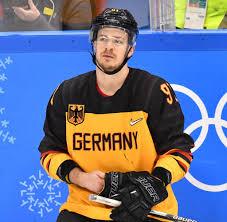Große auswahl top marken beste preise. Eishockey Del Deutsche Nationalspieler Fluchten In Die Landesliga Welt
