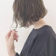 Hair津村正和大阪切りっぱなしボブグレージュさんのヘアスタイル