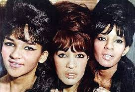 the ronettes in the 1960s