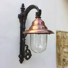 Wandlamp Eeuwwisseling Lamp Met Koperen Lampenkap Buitenlamp