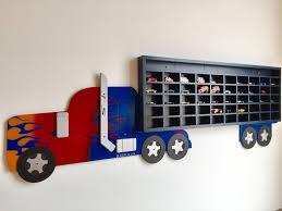 Kệ trưng bày trang trí ô tô đồ chơi cho bé trai từ 5>10 tuổi