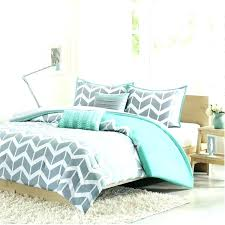blue and green comforter twin lime green comforter set white and green comforter comforter king bedroom