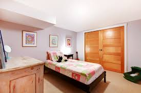Bedroom:Guest Basement Bedroom Ideas For Small Space With Wooden Sliding  Door And Pattern Bed
