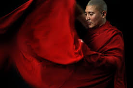 buddha s robes a photo essay of the gyuto monks buddha s robes a photo essay of the gyuto monks