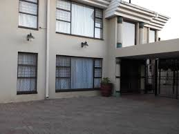 House for sale in Laudium 5 bedroom
