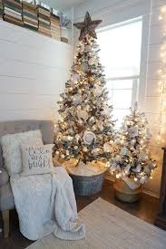 Small Picture Best 25 Apartment christmas decorations ideas on Pinterest