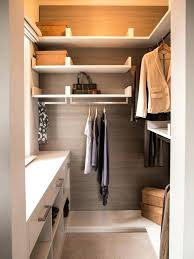 people tend to think that walk in closets are only for those who live in mansions this isn t true below are tips and guidelines to enlighten you in