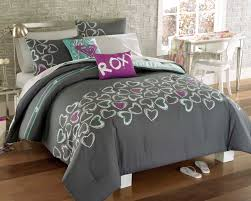 full bedding sets for women  roxy heart and soul full bed in a