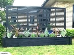 planter box with trellis for garden