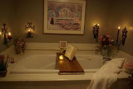 simple diy bathtub reading tray made from teak wood with book holder and glass candle holder ideas