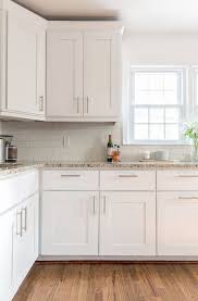 how to remove grease from kitchen cabinets lovely kitchen cabinet cleaning wooden kitchen cupboard doors cleaning