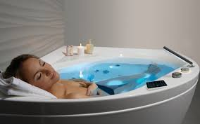 aquatica olivia wht spa jetted corner bathtub international 02 web