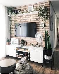 10 ideas on how to decorate a tv wall