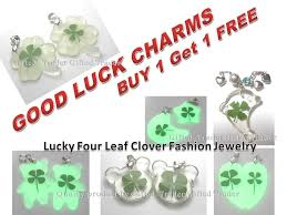 fit to viewer prev next four leaf clover pendant necklace