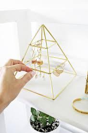 Diy Jewelry Holder Best 25 Diy Earring Holder Ideas On Pinterest Diy Jewelry