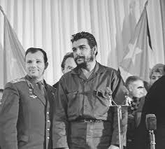 Yuri Gagarin and <b>Che Guevara</b>. Moscow - Viktor Akhlomov ...