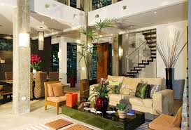 Beautiful Balinese Style House In Hawaii The Home Entryway Holds Bali Style Home Decor