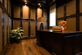 Classic office interiors Super Luxury Classic Office Interiors With Classic Office Interior Design Home Design Pinterest Classic Office Interiors With Amazing Classic Office Interior Design