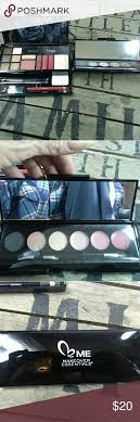 nwot me makeover essentials nwot me makeover essentials set lips eyes kit weekly essentials kit